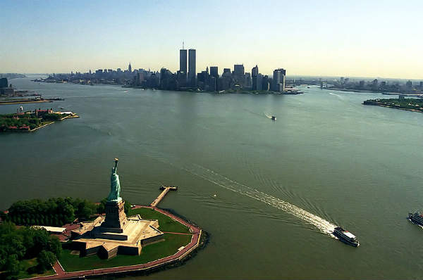 Manhattan_from_helicopter