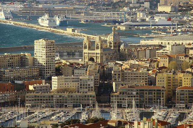 Marsiglia panorama cattedrale