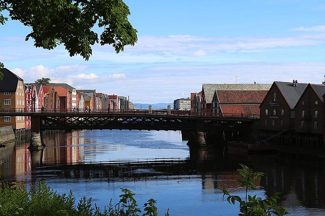 ponte trondheim norvegia