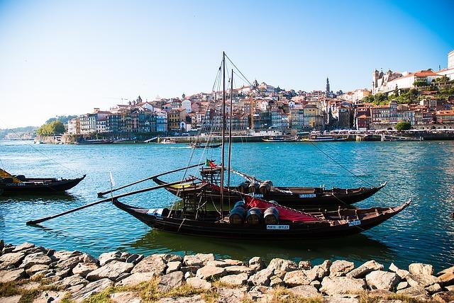 Ribeira fiume porto portogallo
